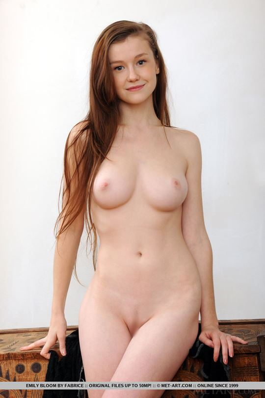 Metart Emily Bloom 73